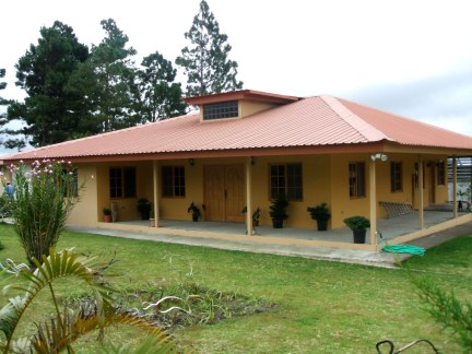 Volcan Panama Mountain Home