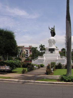 Balboa statue2