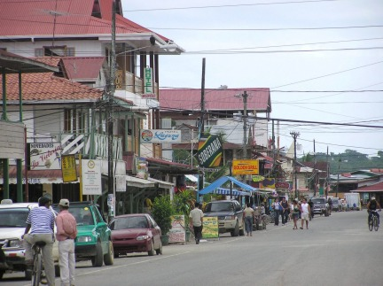 Busy Bocas del Toro street