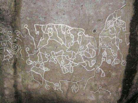 El Valle petroglyphs, similar markings