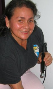 Physiotherapist in Panama eases aches of ex-pats in Volcan.