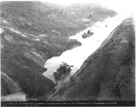 Historical photo of Culebra (Gaillard) cut.