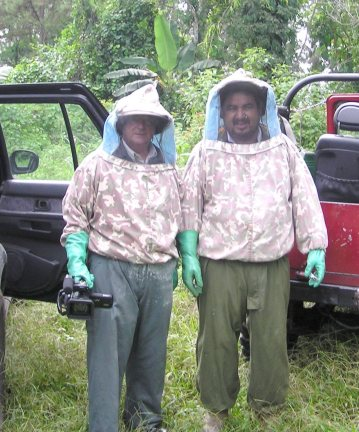 David Dell and Javier Morales bee keeper