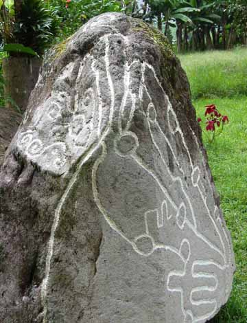Maps of Panama shows routes between communities 2,600 years ago.